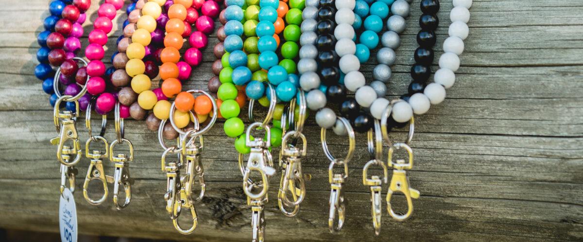 Avainkaulakorut useissa eri väreissä